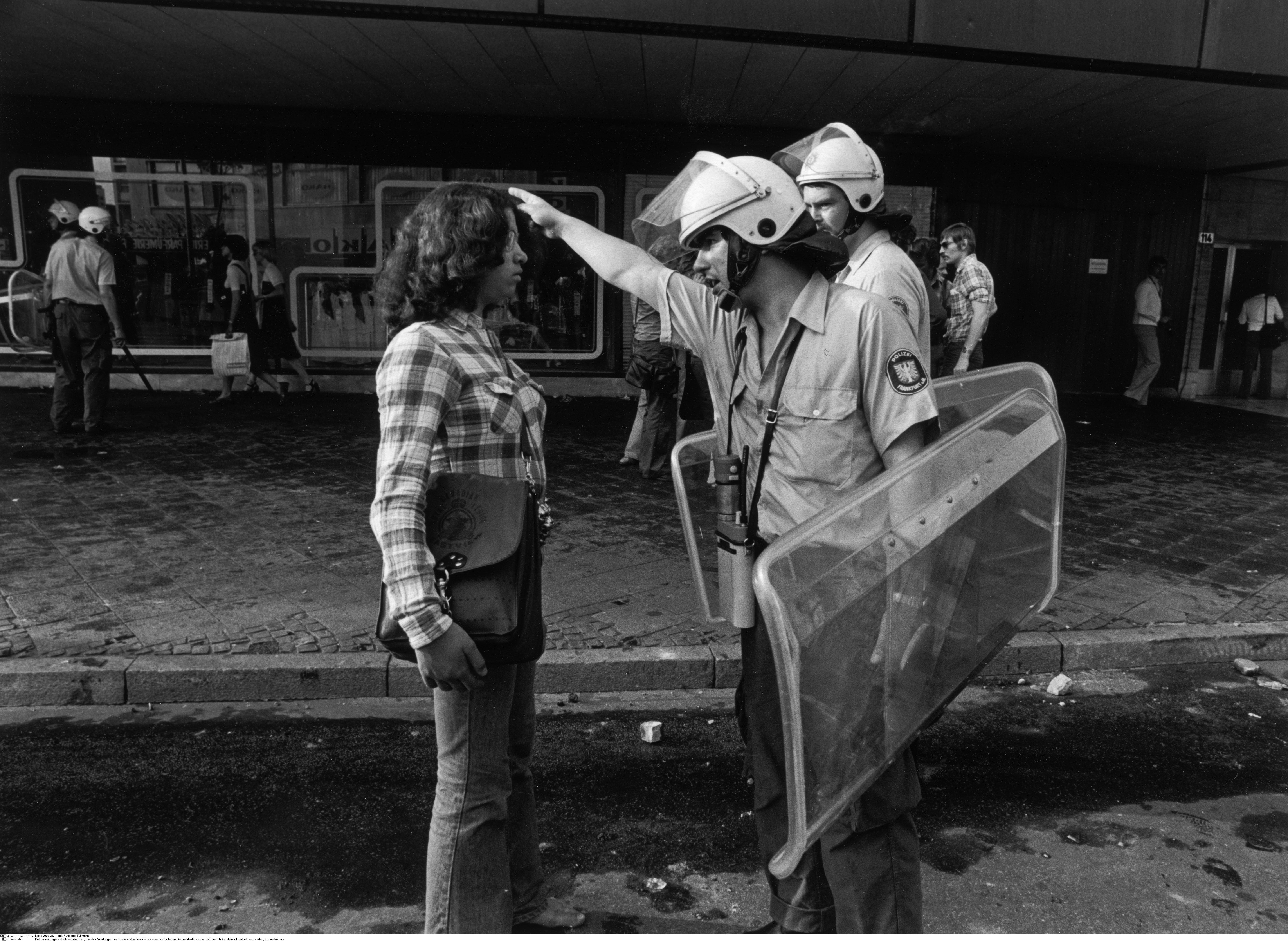Frankfurt/M. 10. Mai 1976