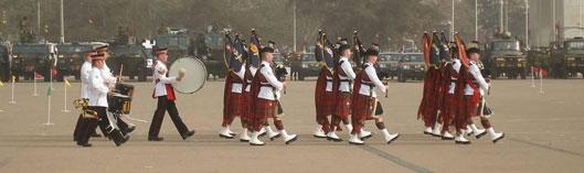 Golden Jubilee Parade: The First Batallion of the Scots Guards (photo: C. Lentz)