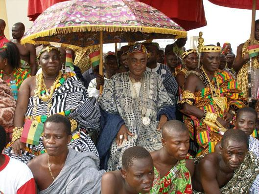 The Paramount Chief of Nandom and other chiefs watching the Golden Jubilee Parade (photo: C. Lentz)