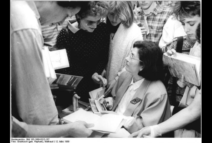 Christa Wolf, 1989 © Bundesarchiv, Bild 183-1989-0313-107, Foto Grubitzsch (geb. Raphael), Waltraud  (CC BY-SA 3.0 DE)