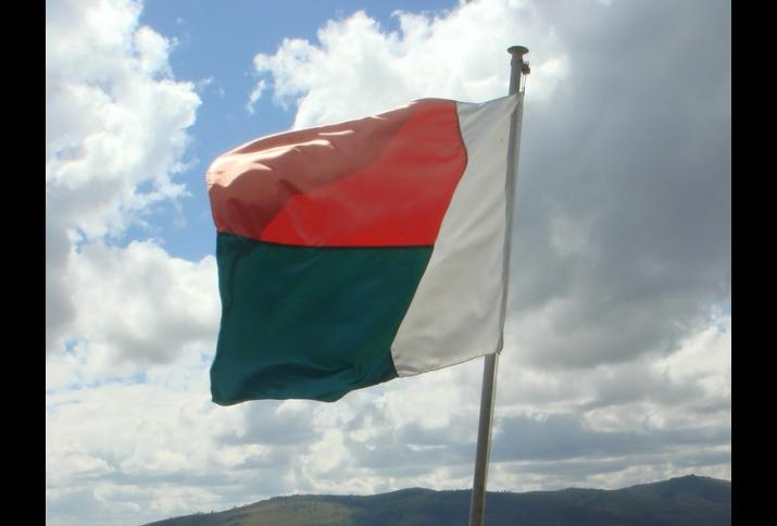 © Olivier Lejade   flickr CC BY-SA 2.0. Title: Madagascar's flag.