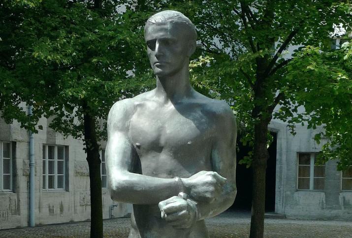 Statue von Stauffenberg