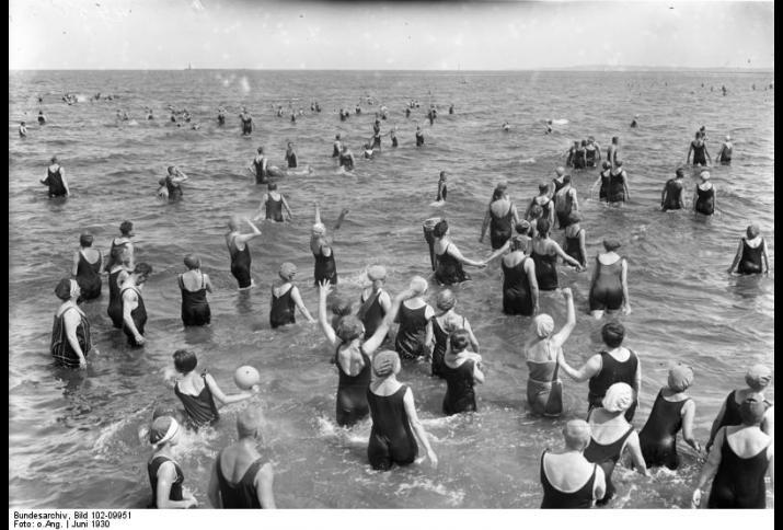 Grosser Badebetrieb am Wochenende im Ostseebad Swinemünde