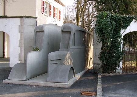 Denkmal der grauen Busse