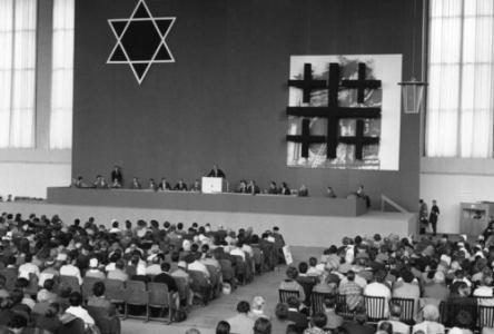 """Sitzung der Arbeitsgruppe """"Juden und Christen"""" auf dem 10. Evangelischen Kirchentag."""