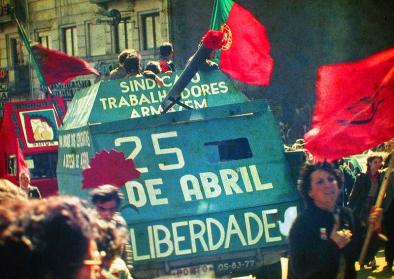 Demonstration in Porto am 25. April 1983