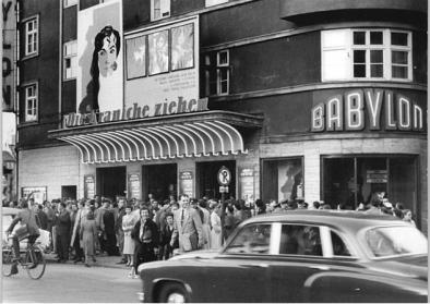 Außenansicht Kino Babylon
