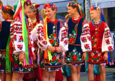 Ukrainian girls.jpg More details Ukrainian girls wearing traditional clothes and embroidery at the Fifa world cup 2006