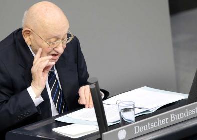 Marcel Reich-Ranicki spricht vor dem Deutschen Bundestag