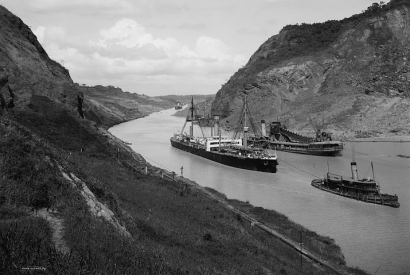 SS Kentuckian, Panama Canal