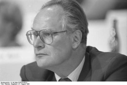 © Bundesarchiv, B 145 Bild-F079278-0012 / Engelbert Reineke / CC-BY-SA 3.0. Foto: SPD-Parteitag in Münster, Halle Münsterland (31 August 1988)