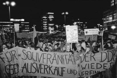 Berlin, Demonstration gegen die Wiedervereinigung