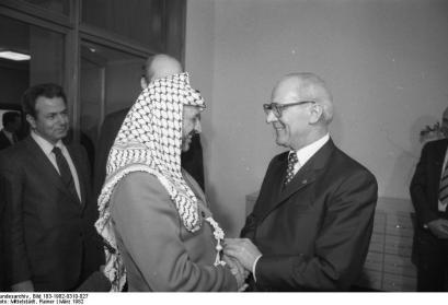 Berlin, Yasser Arafat, Erich Honecker, 1982