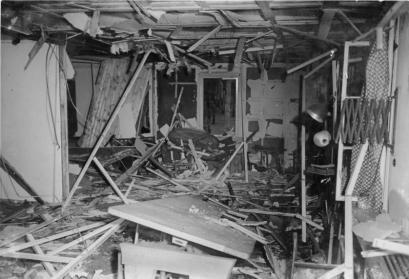 Hitler-Attentat am 20. Juli 1944. Ostpreußen: Inneres der zerstörten Lagerbaracke