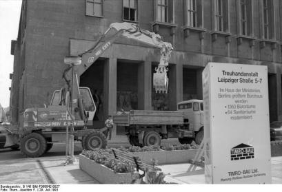 Berlin-Mitte, Leipziger Straße-Bauarbeiten am Gebäude der Treuhandanstalt