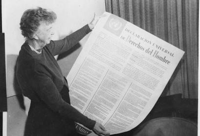 Eleanor RooseveltandUnited Nations Universal Declaration of Human Rightsin Spanish text